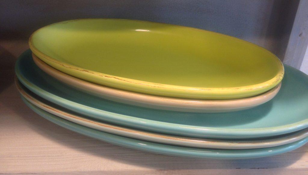 italienische keramik geschirr die italienische keramik unverg nglich und ewig die italienische. Black Bedroom Furniture Sets. Home Design Ideas